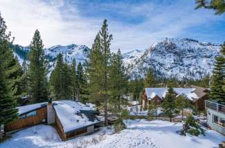 Squaw Valley Fun and Family Home. Lodge Style