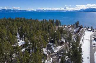 Unit 13 Lakeside at Tahoe- Bearpaw Lodge